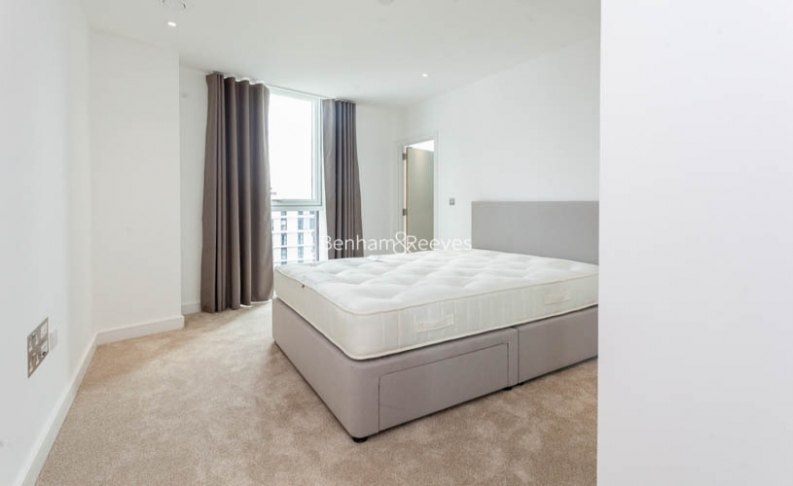 2 bedroom(s) flat to rent in Nine Elms Point, Nine Elms, SW8-image 4