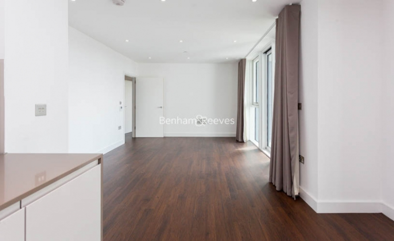 1 bedroom(s) flat to rent in Nine Elms Point, Nine Elms, SW8-image 1