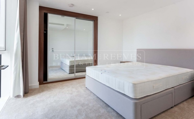 1 bedroom(s) flat to rent in Nine Elms Point, Nine Elms, SW8-image 4
