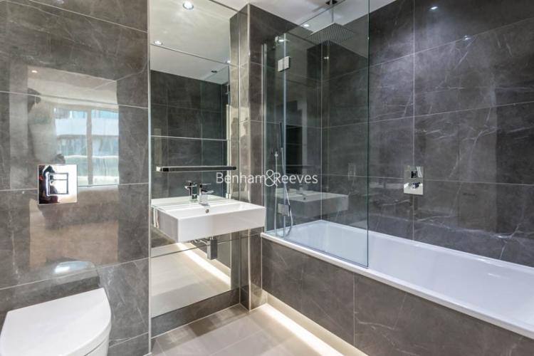 2 bedroom(s) flat to rent in Vista Chelsea Bridge, Nine Elms, SW11-image 12