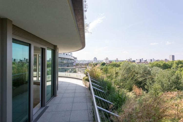 2 bedroom(s) flat to rent in Vista Chelsea Bridge, Nine Elms, SW11-image 15