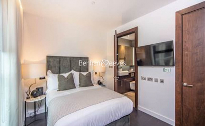 2 bedroom(s) flat to rent in Charles Clowes Walk, Nine Elms, SW11-image 9