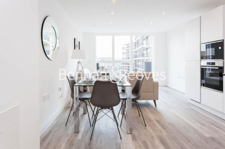 1 bedroom(s) flat to rent in Scena Way, Nine Elms, SE5-image 3