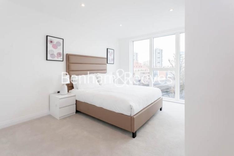 1 bedroom(s) flat to rent in Scena Way, Nine Elms, SE5-image 4