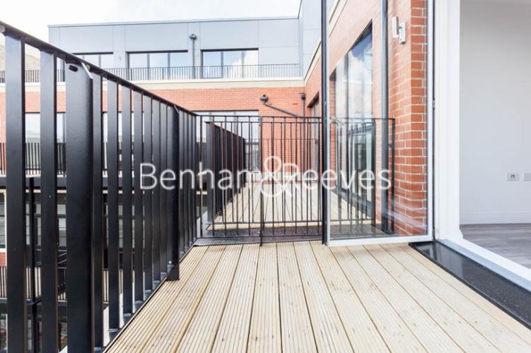 1 bedroom(s) flat to rent in Scena Way, Nine Elms, SE5-image 6