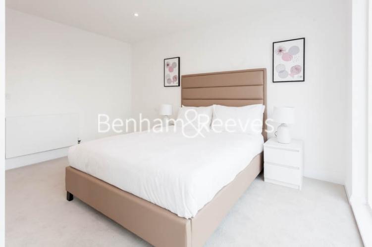 1 bedroom(s) flat to rent in Scena Way, Nine Elms, SE5-image 11