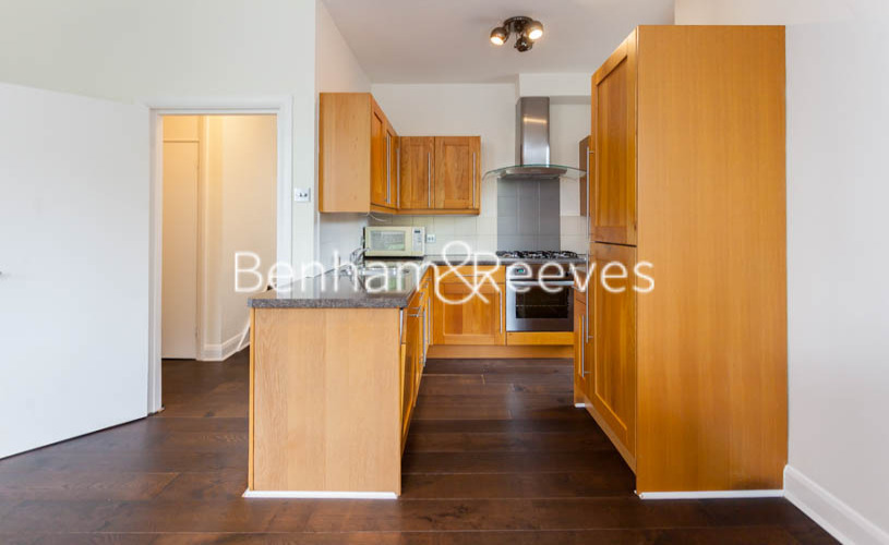 2 bedroom(s) flat to rent in Slievemore Close, Nine Elms, SW4-image 2