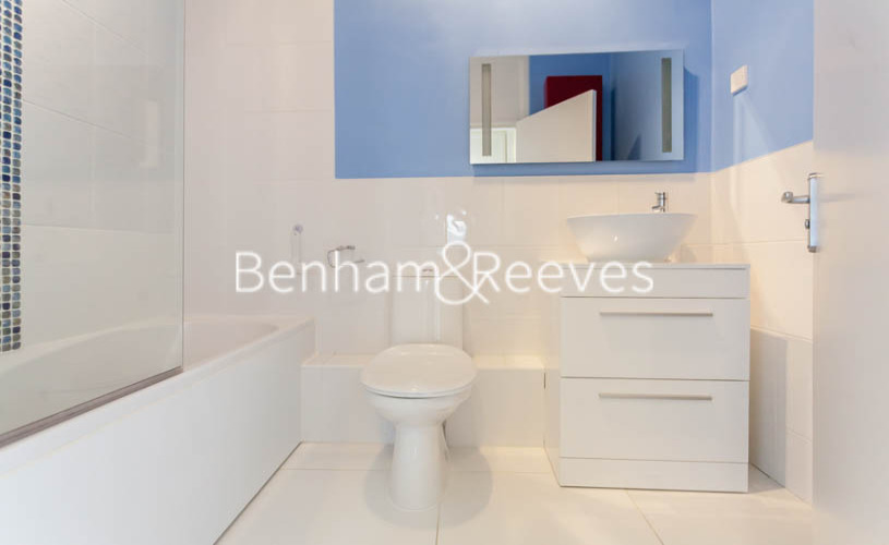 2 bedroom(s) flat to rent in Slievemore Close, Nine Elms, SW4-image 3