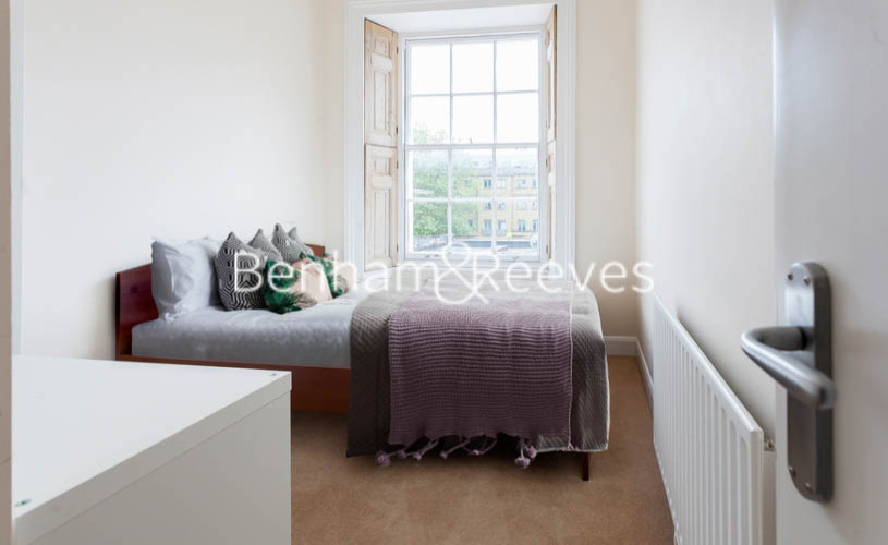 2 bedroom(s) flat to rent in Slievemore Close, Nine Elms, SW4-image 10