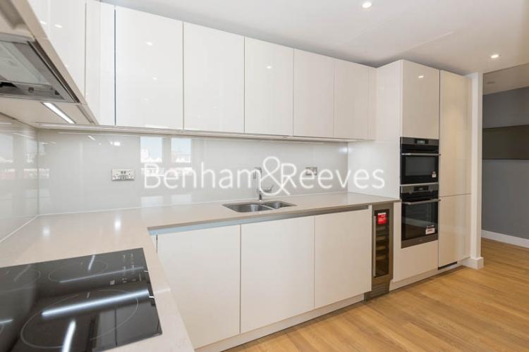 2 bedroom(s) flat to rent in Wandsworth Road, Nine Elms, SW8-image 2