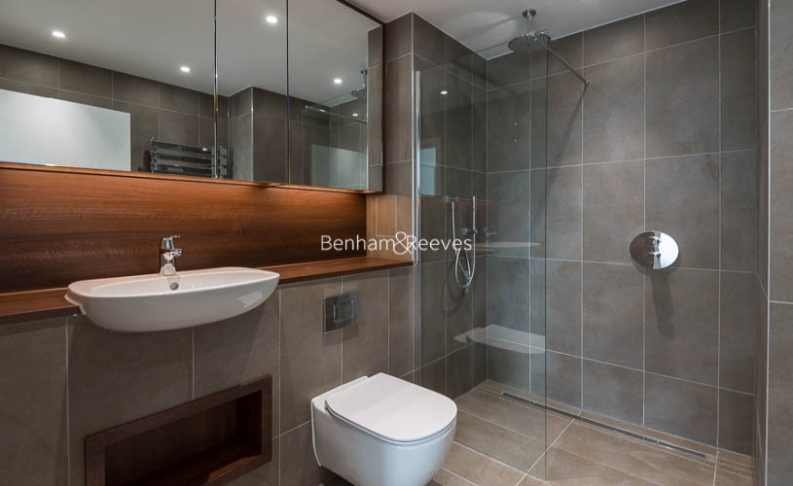 2 bedroom(s) flat to rent in Wandsworth Road, Nine Elms, SW8-image 4
