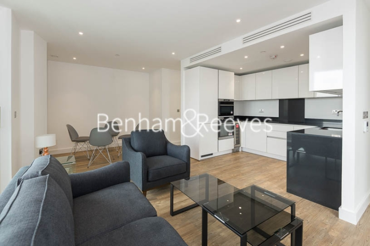 2 bedroom(s) flat to rent in Wandsworth Road, Nine Elms Point, SW8-image 1