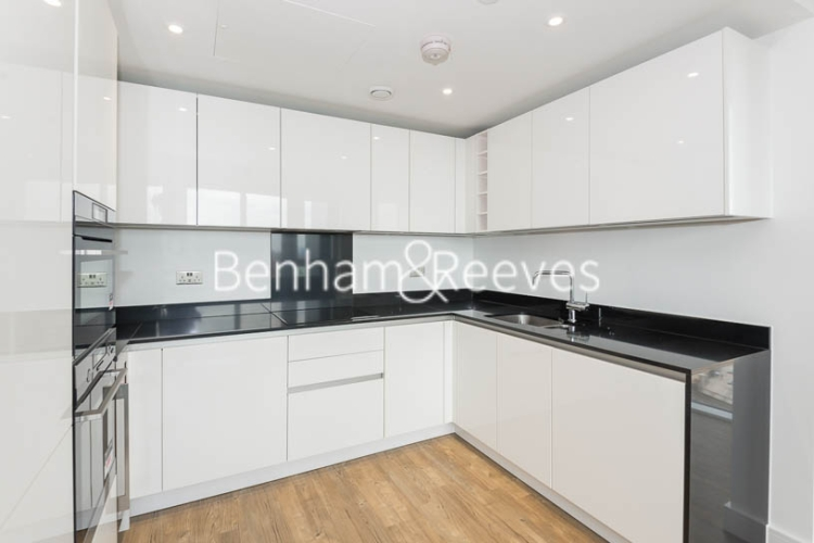 2 bedroom(s) flat to rent in Wandsworth Road, Nine Elms Point, SW8-image 2