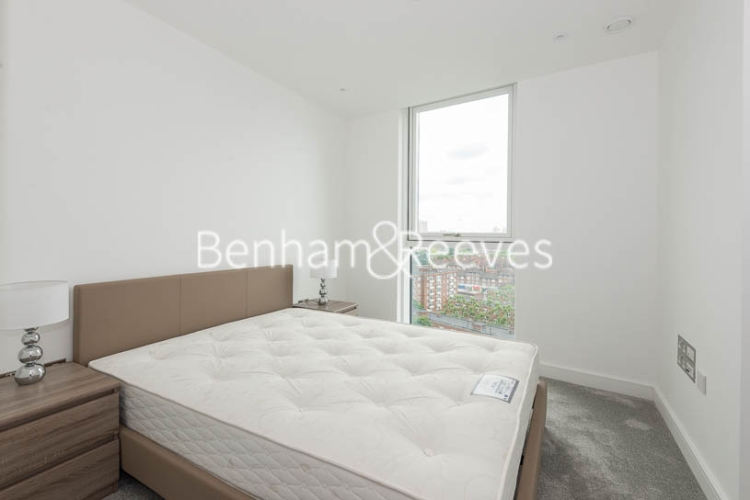 2 bedroom(s) flat to rent in Wandsworth Road, Nine Elms Point, SW8-image 11