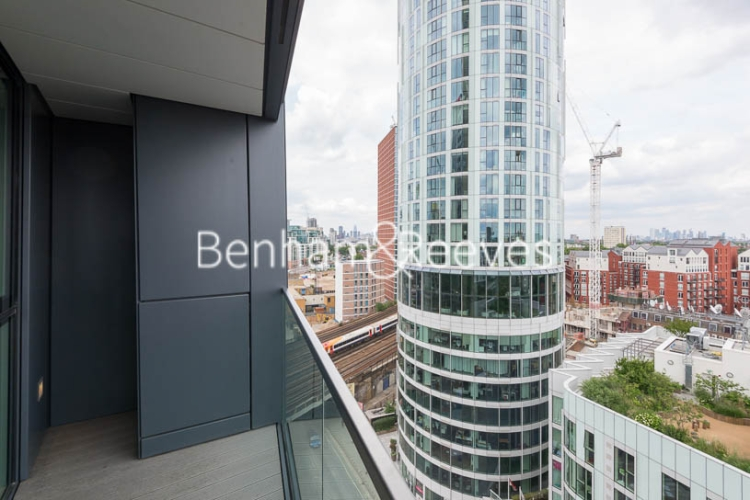 2 bedroom(s) flat to rent in Wandsworth Road, Nine Elms Point, SW8-image 14