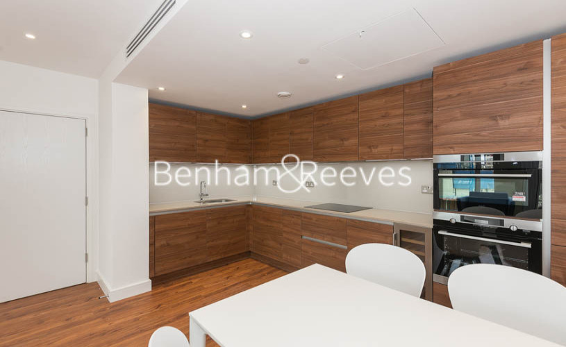 2 bedroom(s) flat to rent in Gladwin Tower,50 Wandsworth Road,SW8-image 2