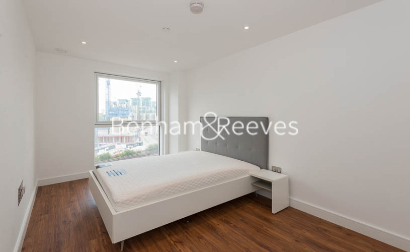 2 bedroom(s) flat to rent in Gladwin Tower,50 Wandsworth Road,SW8-image 4