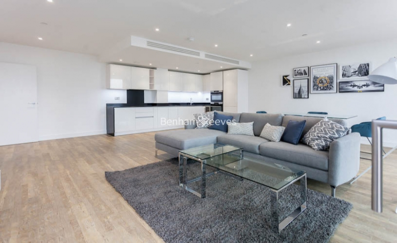 2 bedroom(s) flat to rent in Wandsworth Road, Nine Elms, SW8-image 11