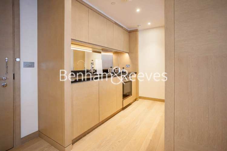 2 bedroom(s) flat to rent in Legacy Building, Viaduct Gardens, SW11-image 8