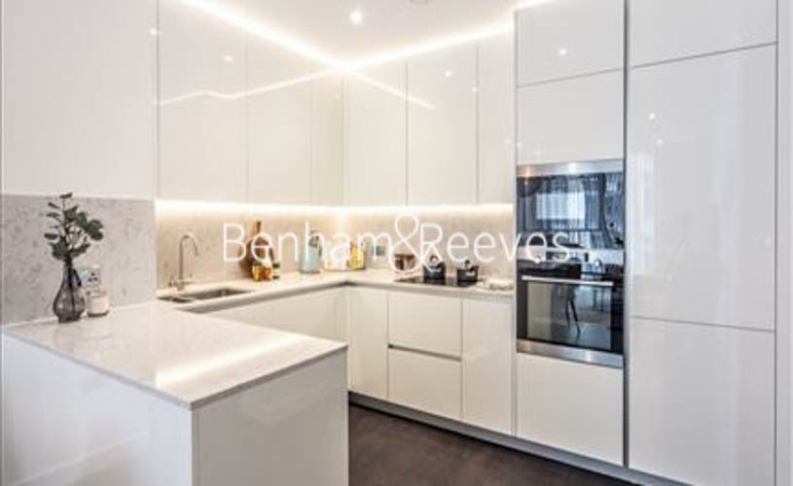 2 bedroom(s) flat to rent in Thornes House, Charles Clowes Walk, SW11-image 3
