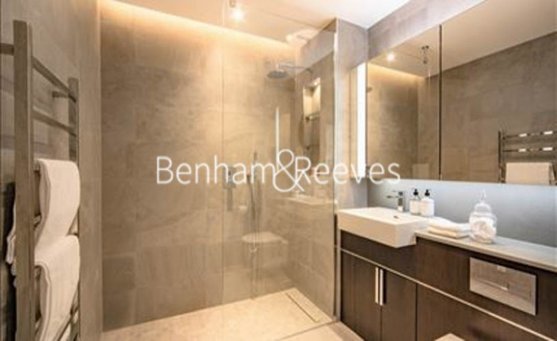 2 bedroom(s) flat to rent in Thornes House, Charles Clowes Walk, SW11-image 4