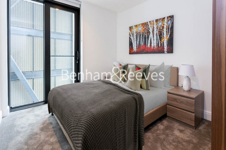 2 bedroom(s) flat to rent in The Dumont, Albert Embankment, SE1-image 3