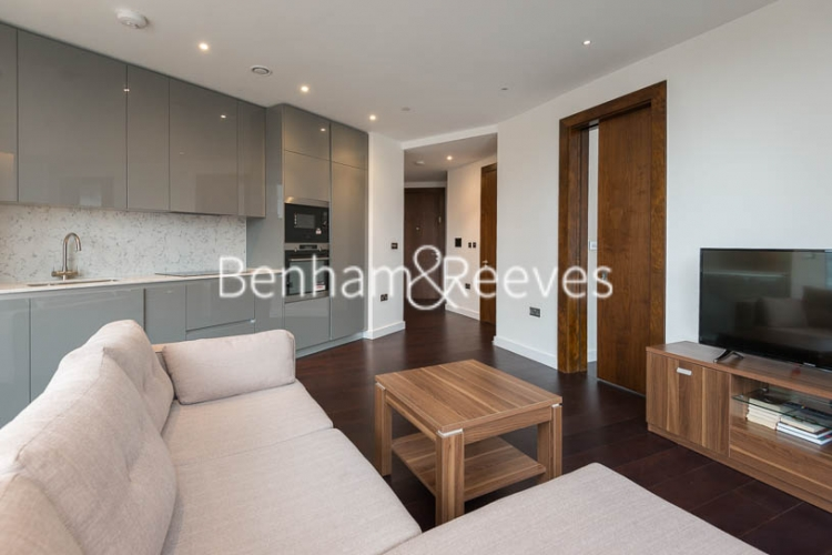 2 bedroom(s) flat to rent in Haines House, Charles Clowes Walk, SW11-image 8