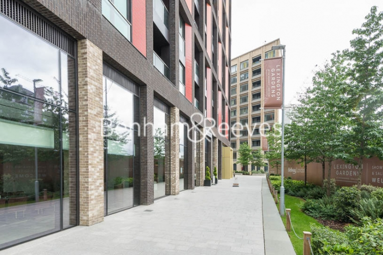 2 bedroom(s) flat to rent in Haines House, Charles Clowes Walk, SW11-image 10