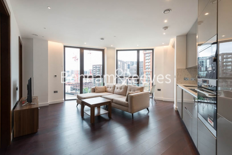 2 bedroom(s) flat to rent in Haines House, Charles Clowes Walk, SW11-image 11