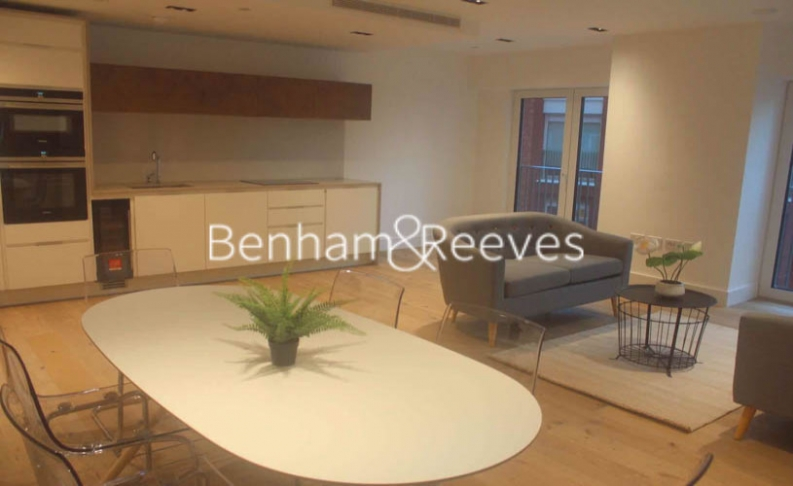 2 bedroom(s) flat to rent in Keybridge Tower, Exchange Gardens, SW8-image 9
