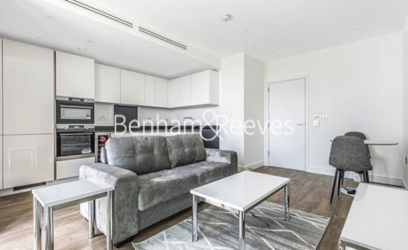1 bedroom(s) flat to rent in Gladwin Tower, Wandsworth Road, SW8-image 2