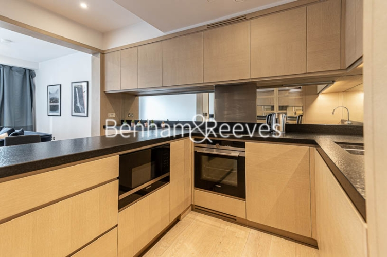 1 bedroom(s) flat to rent in Legacy Building, Viaduct Gardens SW11-image 2