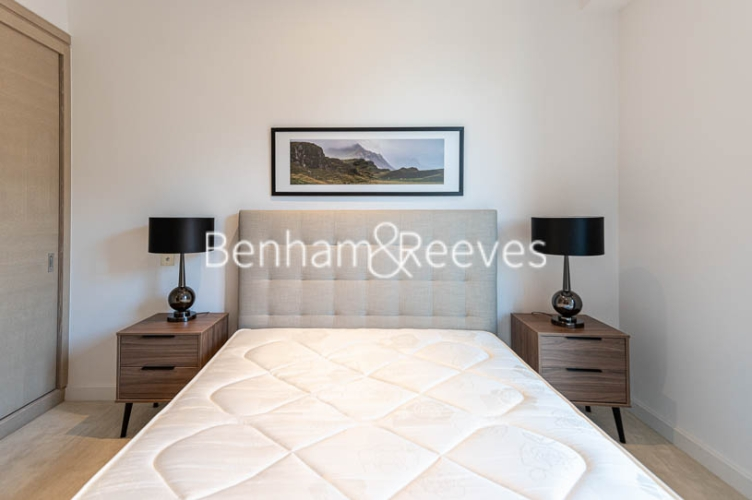 1 bedroom(s) flat to rent in Legacy Building, Viaduct Gardens SW11-image 10
