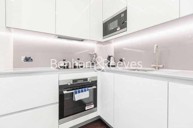 1 bedroom(s) flat to rent in Haines House, Nine Elms, SW11-image 2