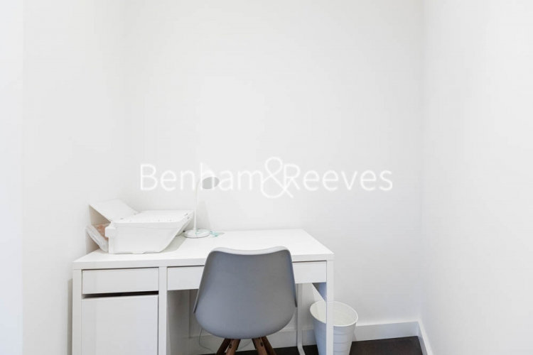 1 bedroom(s) flat to rent in Haines House, Nine Elms, SW11-image 5