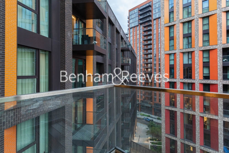 1 bedroom(s) flat to rent in Haines House, Nine Elms, SW11-image 6