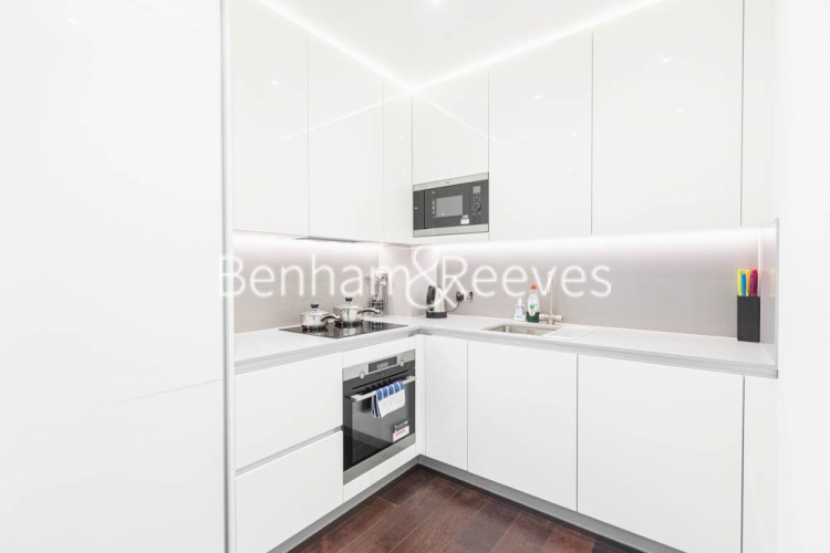 1 bedroom(s) flat to rent in Haines House, Nine Elms, SW11-image 9