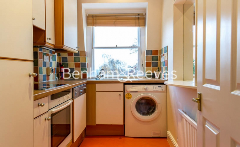 2 bedroom(s) flat to rent in Hogarth Court, Hampstead, NW3-image 2