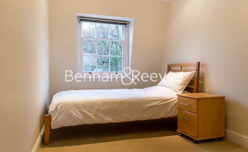 2 bedroom(s) flat to rent in Hogarth Court, Hampstead, NW3-image 3