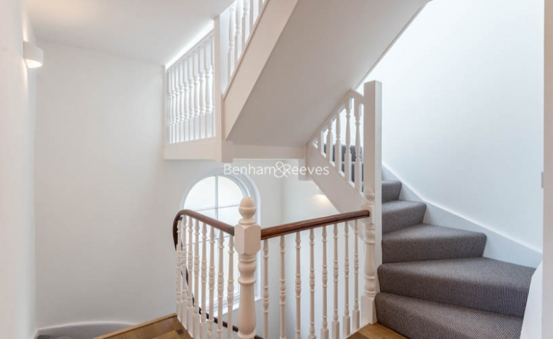 3 bedroom(s) flat to rent in Haverstock Hill, Belsize Park, NW3-image 8