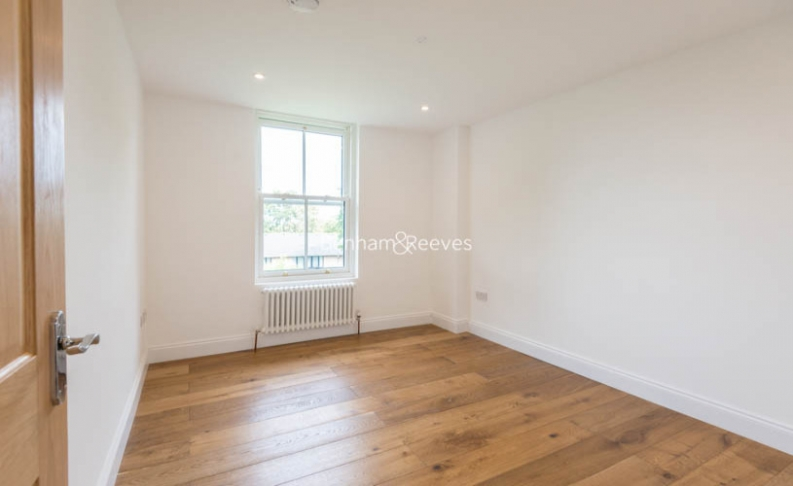 3 bedroom(s) flat to rent in Haverstock Hill, Belsize Park, NW3-image 10