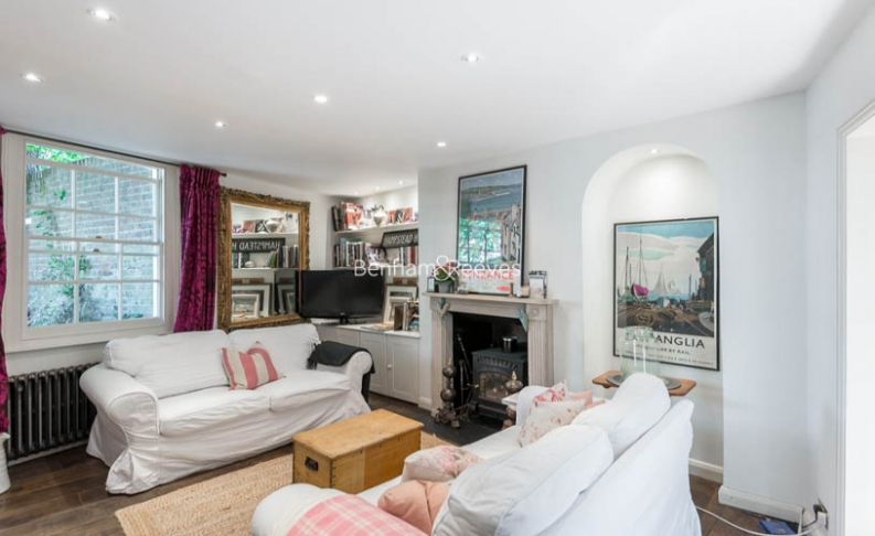 2 bedroom(s) house to rent in Elm Row, Hampstead, NW3-image 2