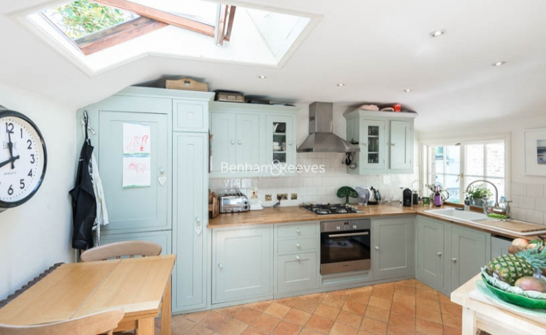 2 bedroom(s) house to rent in Elm Row, Hampstead, NW3-image 3