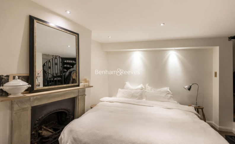 2 bedroom(s) house to rent in Elm Row, Hampstead, NW3-image 4