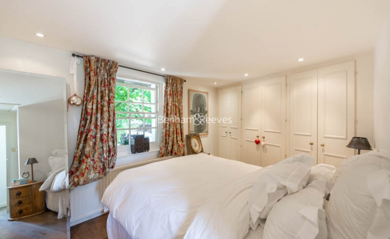 2 bedroom(s) house to rent in Elm Row, Hampstead, NW3-image 5