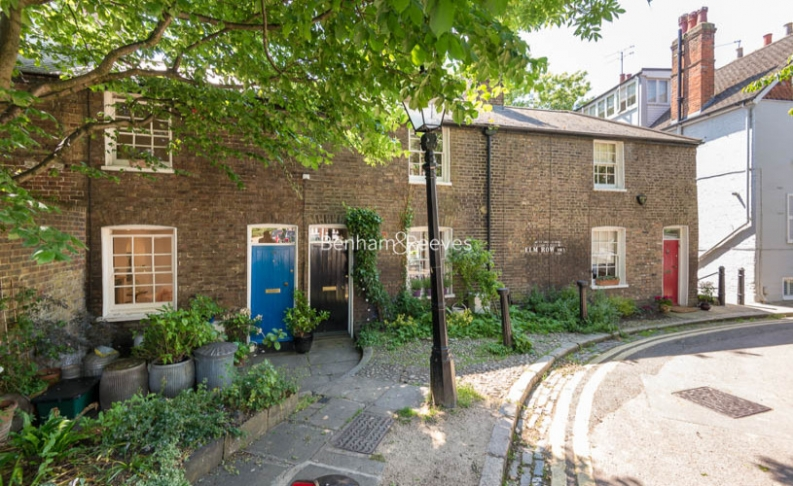 2 bedroom(s) house to rent in Elm Row, Hampstead, NW3-image 8