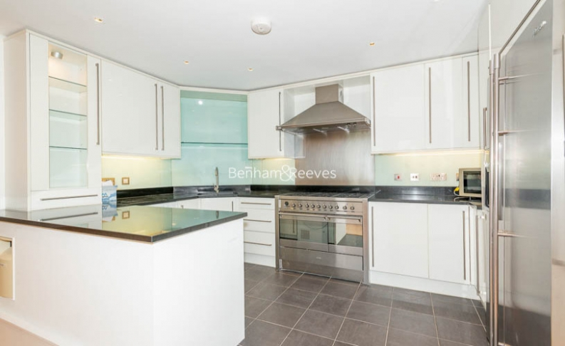 3 bedroom(s) flat to rent in Downside Crescent, Belsize Park, NW3-image 3