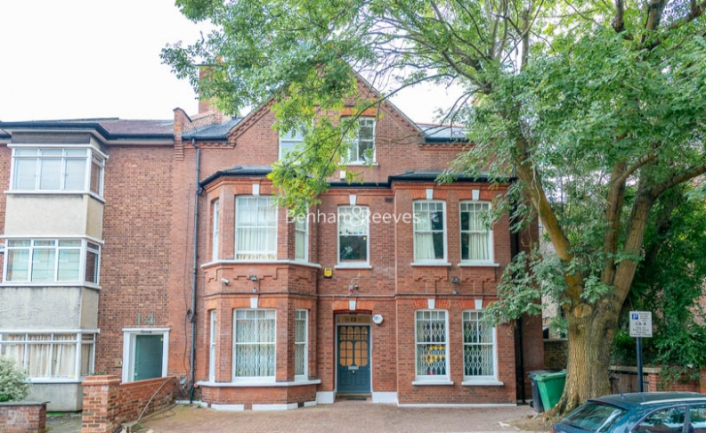 3 bedroom(s) flat to rent in Downside Crescent, Belsize Park, NW3-image 8