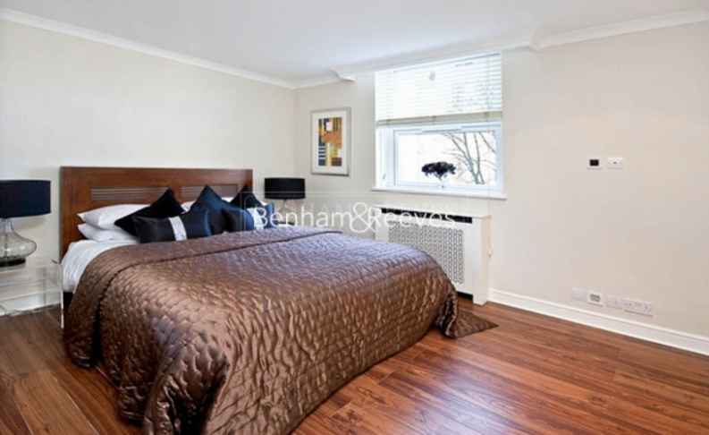 3 bedroom(s) flat to rent in Boydell Court, St John's Wood, NW8-image 10
