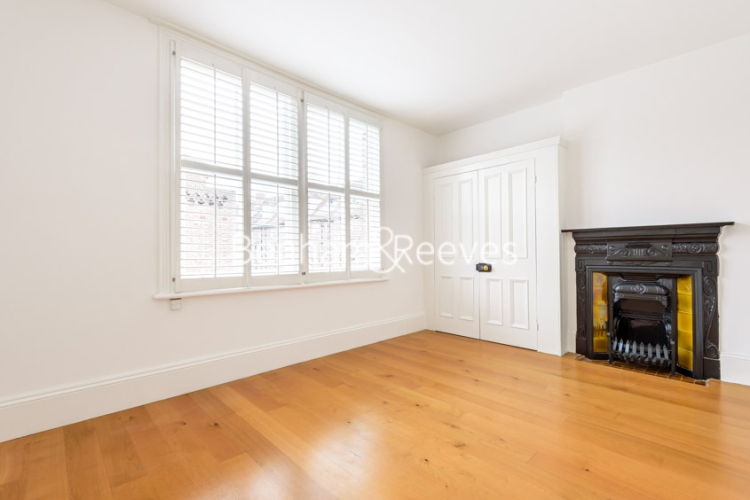 6 bedroom(s) house to rent in Glenloch Road, Hampstead, NW3-image 9
